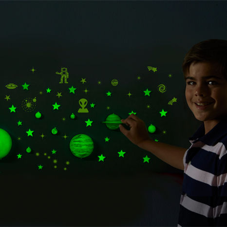 GeoSafari Glow-in-the-Dark Planets & Stars Set